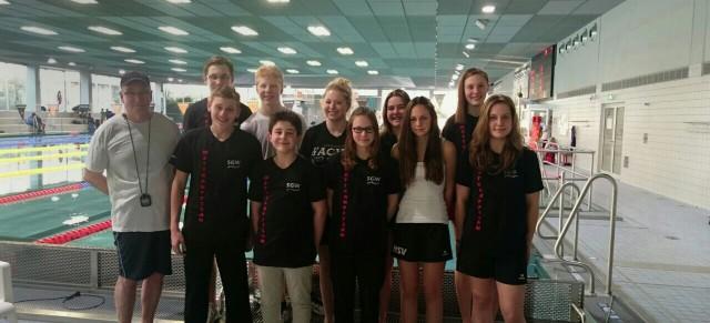 SGW Schwimmer beim Wettkampf in Bochum