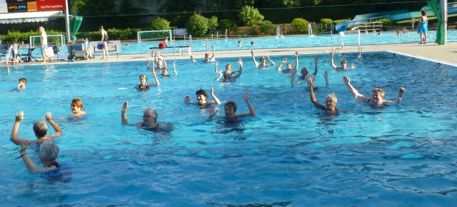 Schwimmkurs beendet, Aquajogging geht weiter